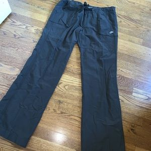 Nike brown cargo hiking outdoor pants drawstring L